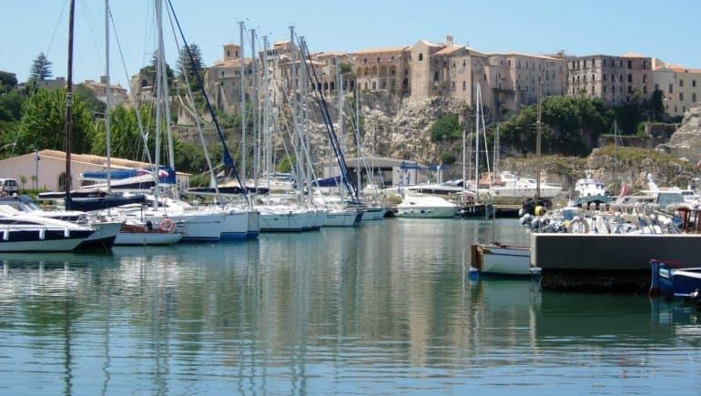26 Tropea porto scaled 2