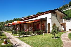 3 - terzasch appartamentiCalabria BIG (1)